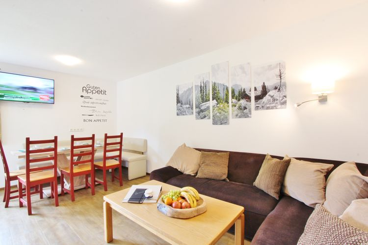Ref: AT-5741-82 4 Bedrooms Price