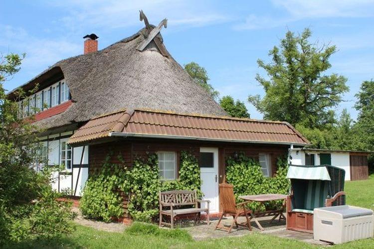 Appartement  met wifi  Hohenkirchen  charmant appartement in het midden van de idyllische natuur - vlakbij het strand