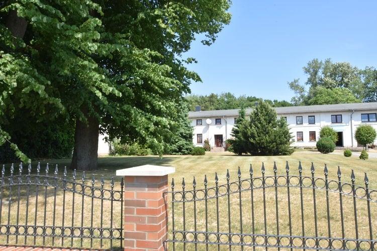 Appartement  met wifi  WendelstorfAltes Bauernhaus / Gartenblick