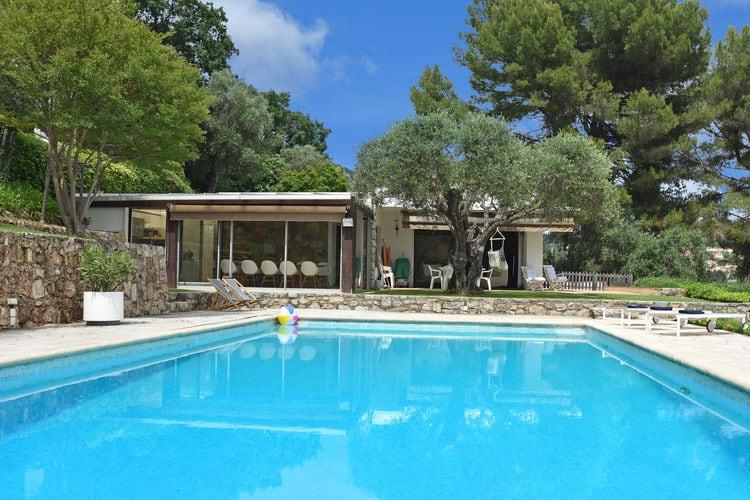 Grasse Vakantiewoningen te huur Leuke vintage villa met deels airconditioning en magnifiek uitzicht op Cannes