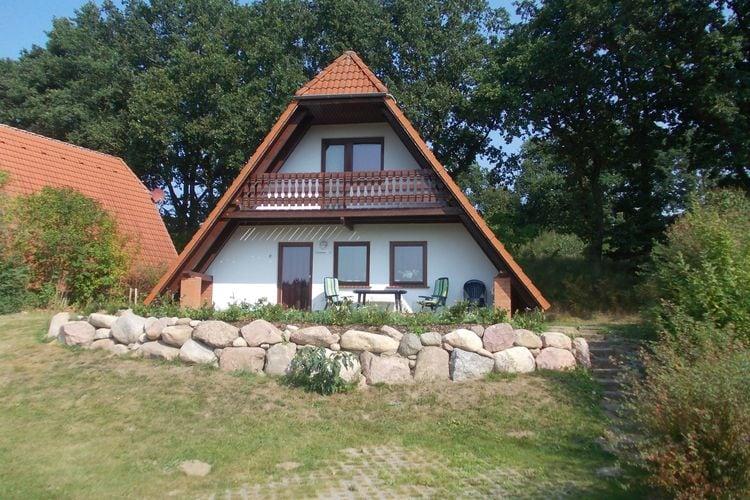 Vakantiehuis  met wifi  Marlow  Haus Annika mit Haustier