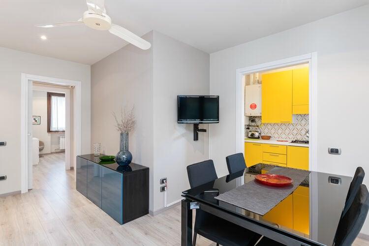 Vakantiehuizen Italie | Italiaanse-Meren | Appartement te huur in Sirmione   met wifi 6 personen