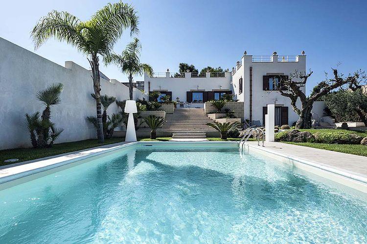 Villa met zwembad met wifi  Marusa  Pignabianca