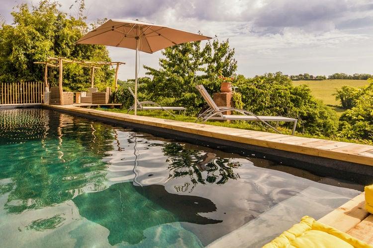 Vakantiehuizen Frankrijk | Limousin | Vakantiehuis te huur in Saint-Bonnet-la-Riviere met zwembad   7 personen