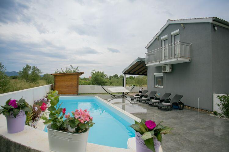 Kroatie | Dalmatie | Villa te huur in Sukoan met zwembad  met wifi 7 personen