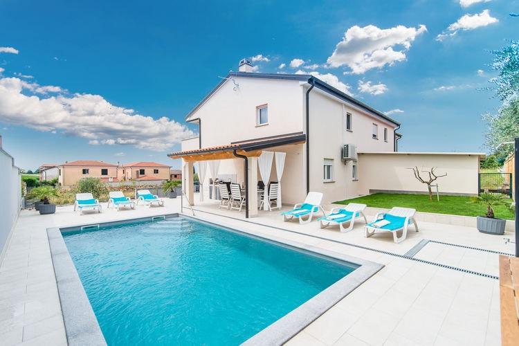 Novigrad Vakantiewoningen te huur Moderne villa met zwembad op slechts 1 km van het strand en centrum van Novigrad