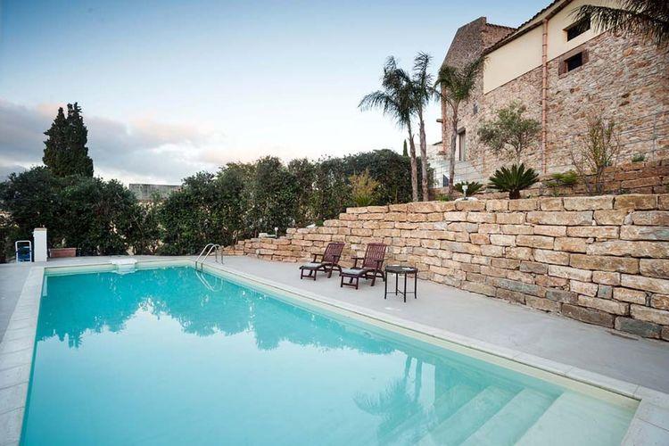Vakantiehuis met zwembad met wifi  SiciliaMariemaranza