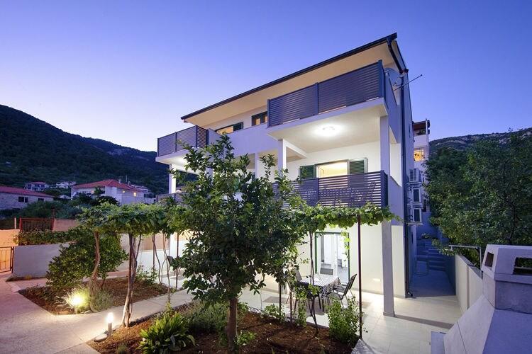 Appartement Kroatië, eld, Komiža Appartement HR-21485-05
