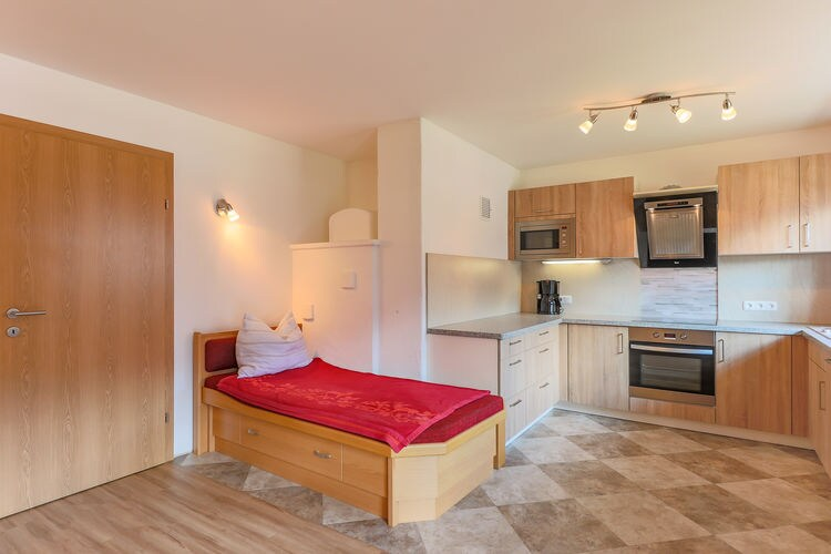 Ref: AT-5732-19 4 Bedrooms Price