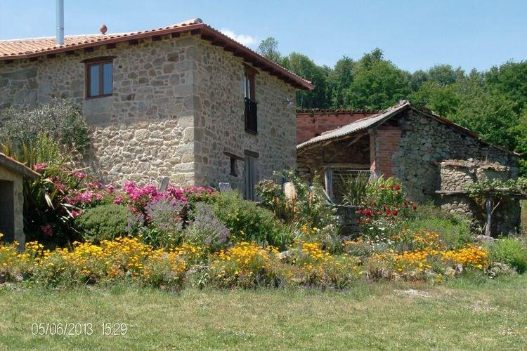 Spanje | Het-Groene-Spanje | Boerderij te huur in San-Vicente-de-Castillon-Panton-Lugo   met wifi 7 personen