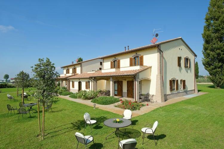 Villas Italie | Umbrie | Villa te huur in Cannara-Assisi met zwembad  met wifi 4 personen