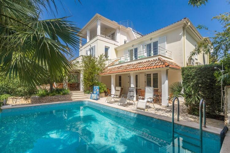 Kroatie | Istrie | Villa te huur in Pula met zwembad  met wifi 12 personen