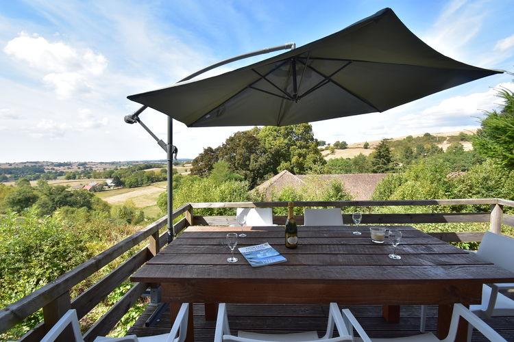 Cuzy Vakantiewoningen te huur Prachtig uitzicht, omheinde tuin, ideaal voor hondenliefhebbers