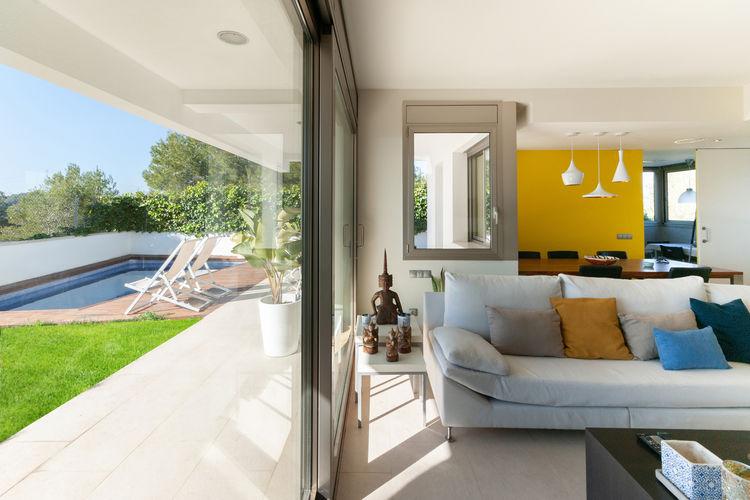 Villa met zwembad met wifi  Canyelles  Canyelles