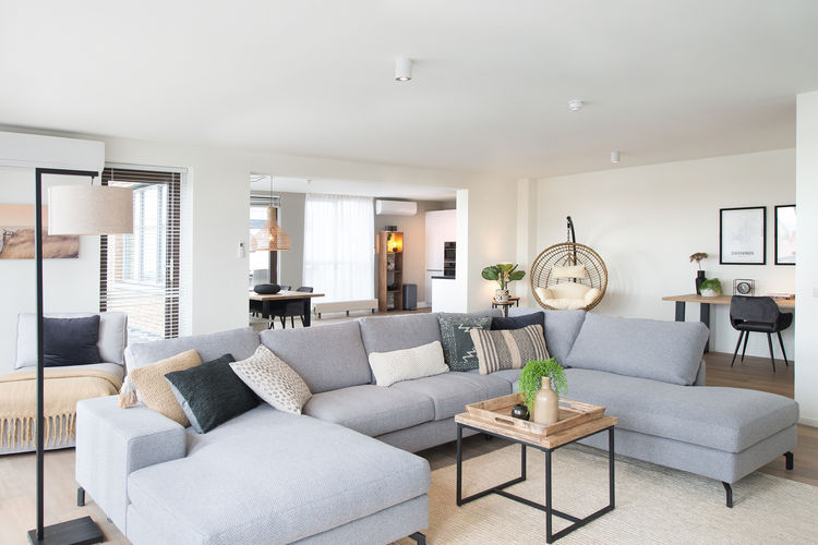 Scheveningen Vakantiewoningen te huur Luxe penthouse appartement met dakterras aan de haven van Scheveningen.