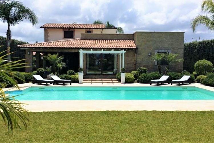 Villa met zwembad met wifi  SiciliaAres