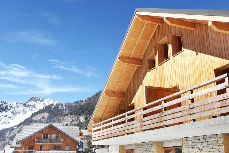 VAUJANY Vakantiewoningen te huur Aangename résidence met overdekt zwembad in het authentieke Vaujany