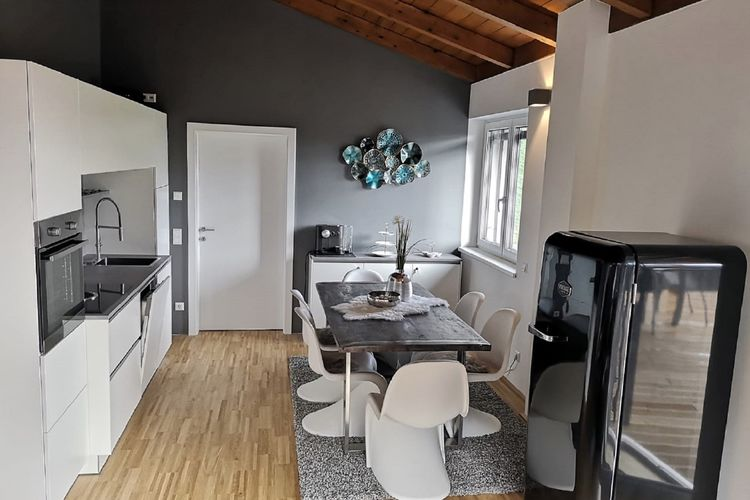 Ref: AT-9564-11 2 Bedrooms Price