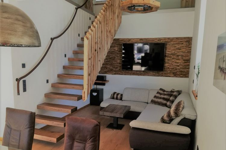 Ref: AT-5741-83 3 Bedrooms Price