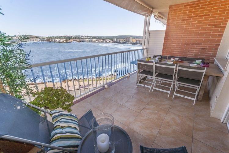 Appartement met zwembad met wifi  LEscalaLa Paloma