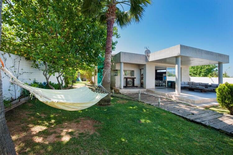 Vakantiehuizen Spanje | Mallorca | Villa te huur in Marratx-Illes-Balears met zwembad  met wifi 4 personen