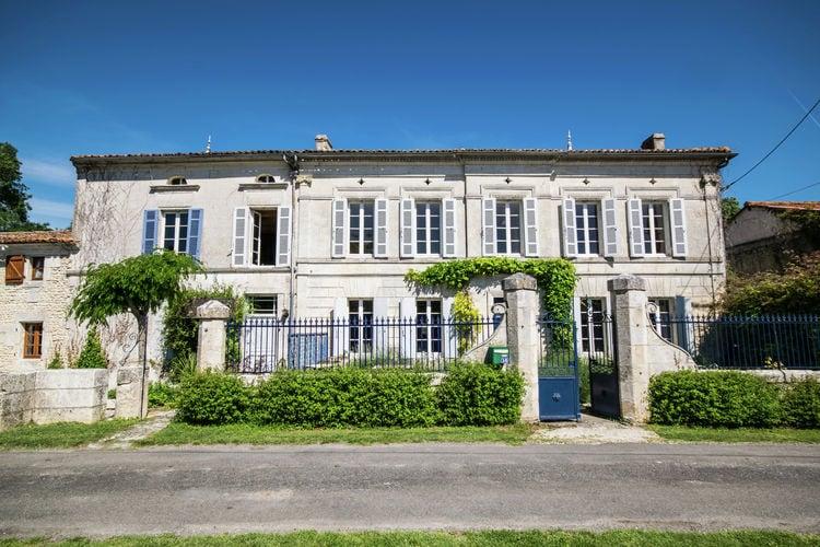 Frankrijk | Cote-Atlantique | Vakantiehuis te huur in Champagnac met zwembad  met wifi 20 personen