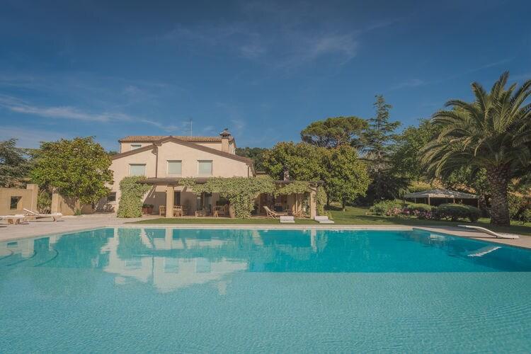 Italie | Marche | Villa te huur in Camerano met zwembad  met wifi 12 personen