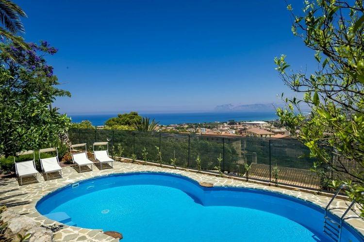 Appartement met zwembad met wifi  Castellammare del Golfo  Ruim appartement met gemeenschappelijk zwembad op slechts 3 km van de zee!