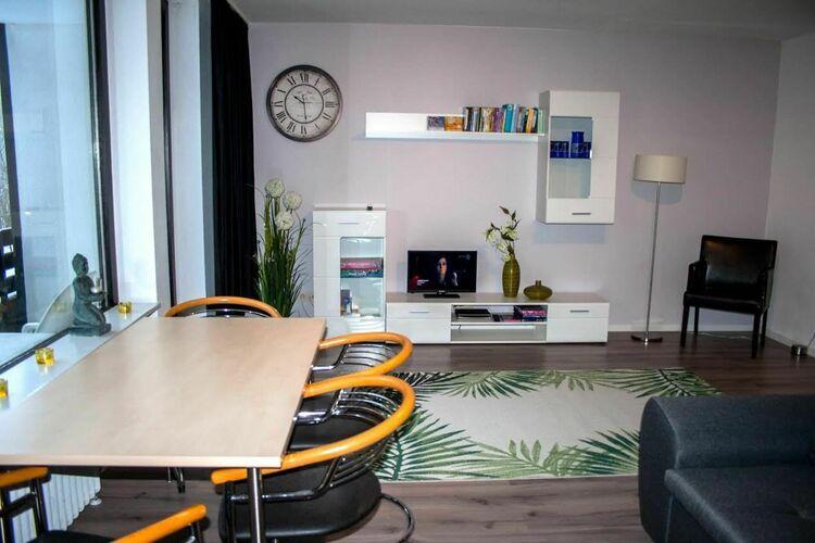 Appartement met zwembad   WinterbergGolfhof 7
