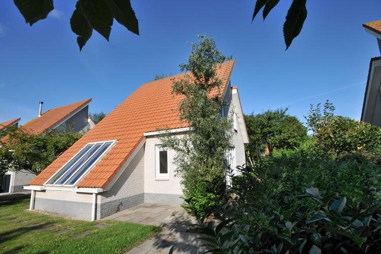 Vakantiewoning met zwembad met wifi  Scharendijke  Comfortabele 4-pers. villa met sauna op een park op loopafstand van het Grevelingenmeer