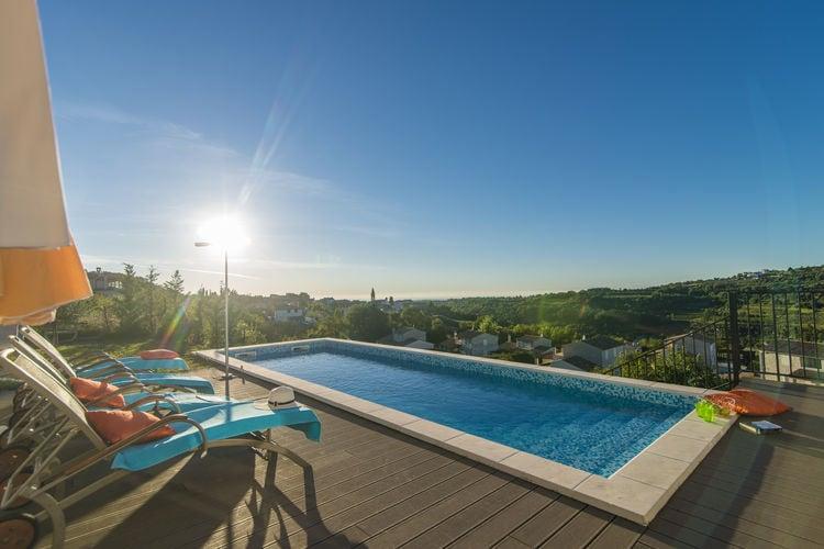 Kroatie | Istrie | Villa te huur in Momjan met zwembad  met wifi 8 personen