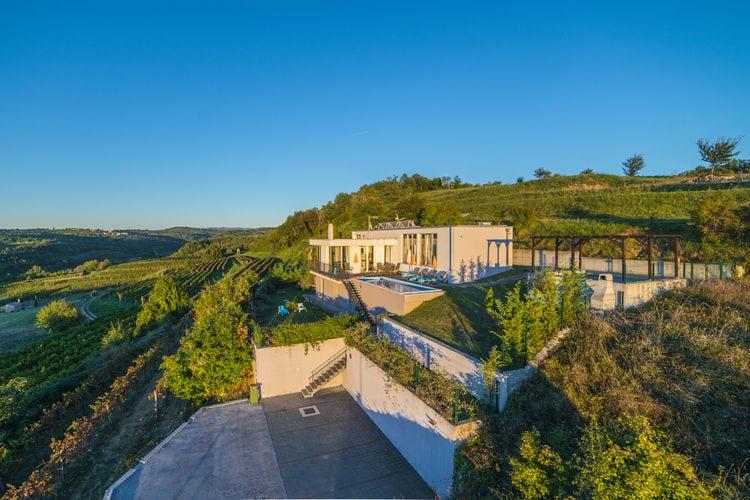 Villas Kroatie | Istrie | Villa te huur in Momjan    8 personen