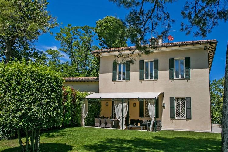 Italie | Marche | Villa te huur in Fano met zwembad  met wifi 8 personen