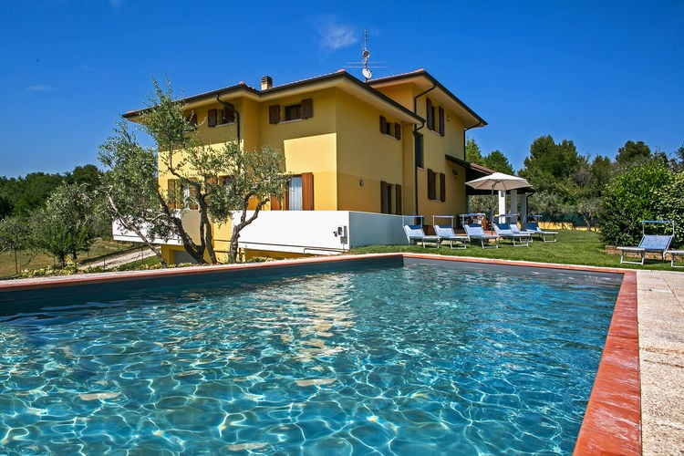 Italie | Marche | Villa te huur in Candelara met zwembad  met wifi 13 personen