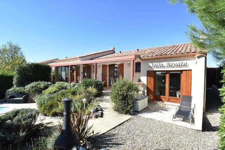 Vakantiewoning met zwembad met wifi  Assignan  Villa met apart gastenverblijf, verwarmbaar zwembad en sauna, loopafstand dorp