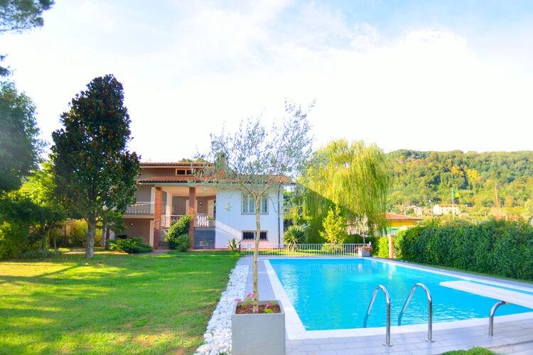 Italie | Toscana | Villa te huur in Pescaglia met zwembad  met wifi 6 personen