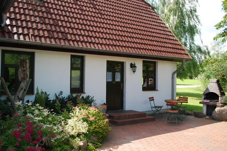 Duitsland | Ostsee | Vakantiehuis te huur in Barlin met zwembad  met wifi 20 personen