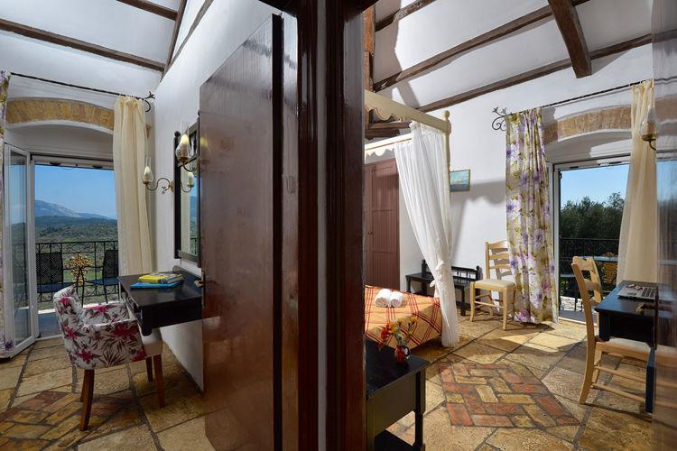 Appartement met zwembad met wifi   GriekenlandFundana Suite