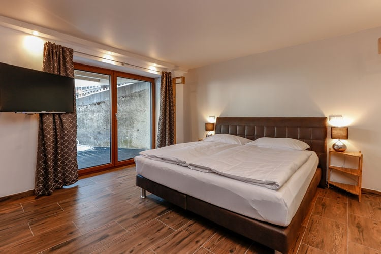 Ref: AT-5661-70 4 Bedrooms Price