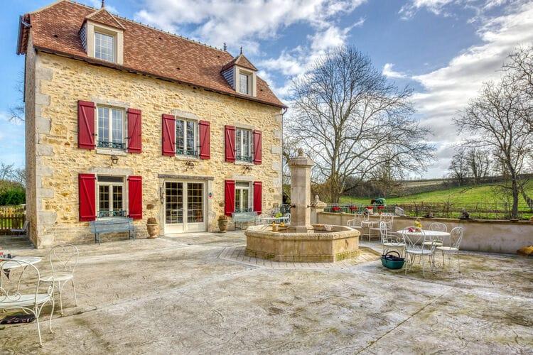 Vakantiehuizen Frankrijk | Auvergne | Vakantiehuis te huur in Charenton-du-Cher   met wifi 8 personen