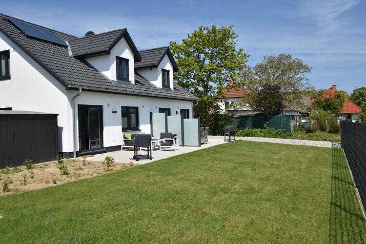 Vakantiehuis  met wifi  KuhlungsbornFerienhaus Wildrose 4 in Kühlungsborn mit Terrasse und Garten