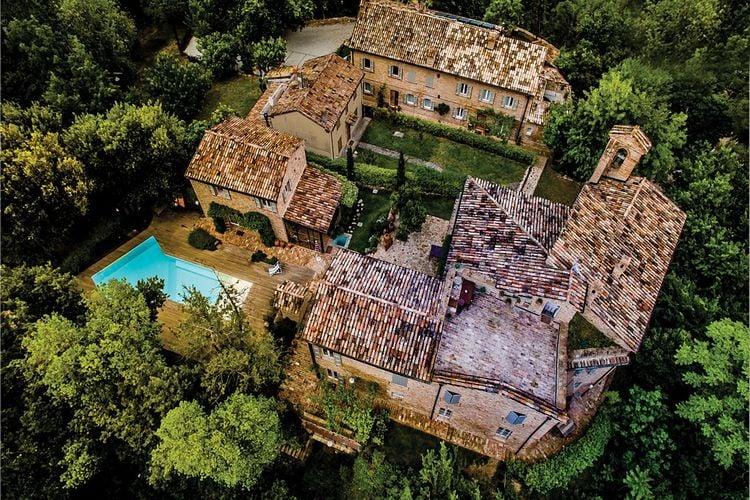 Appartement met zwembad met wifi  Emilia-RomagnaI Colori