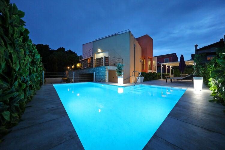 Kroatie | Dalmatie | Villa te huur in Zadar met zwembad  met wifi 8 personen