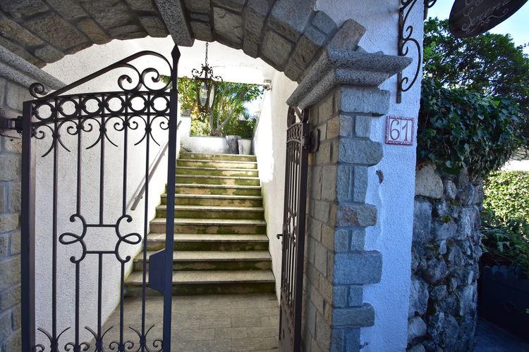 Villa Italië, Italiaanse Meren, Caldé Castello Villa IT-21010-13