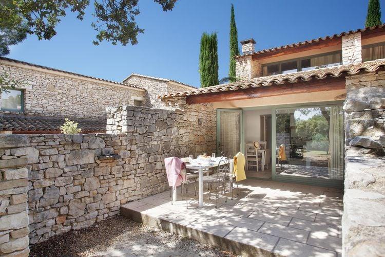 Vakantiehuis met zwembad met wifi  GordesLa Bastide des Chênes 3