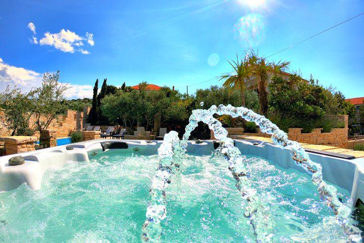 Villa Kroatië, eld, Murter Villa HR-00016-38