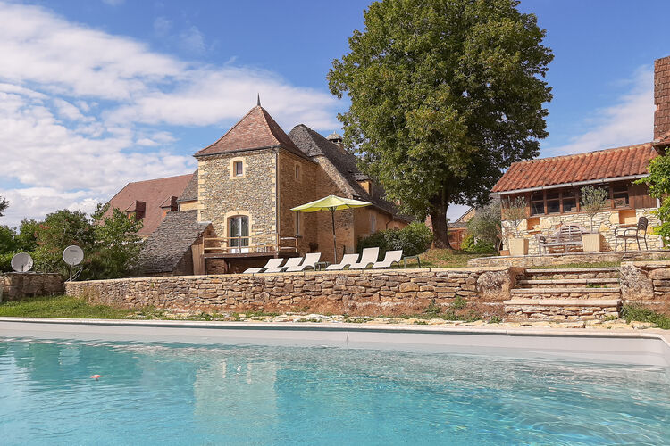 Vakantiehuis met zwembad met wifi  ArchignacAu Four à Pain