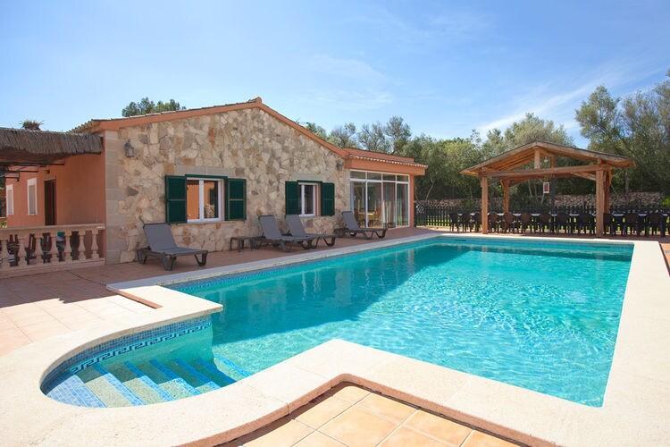 Vakantiehuis met zwembad met wifi  Algaida  Misser