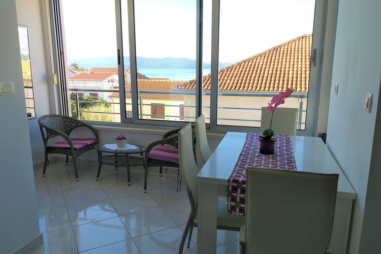 Appartement Kroatië, Dalmatie, Okrug gornji Appartement HR-21223-22