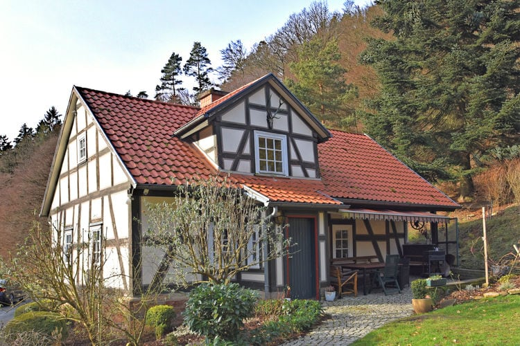 Duitsland | Hessen | Vakantiehuis te huur in Rotenburg-an-der-Fulda   met wifi 8 personen